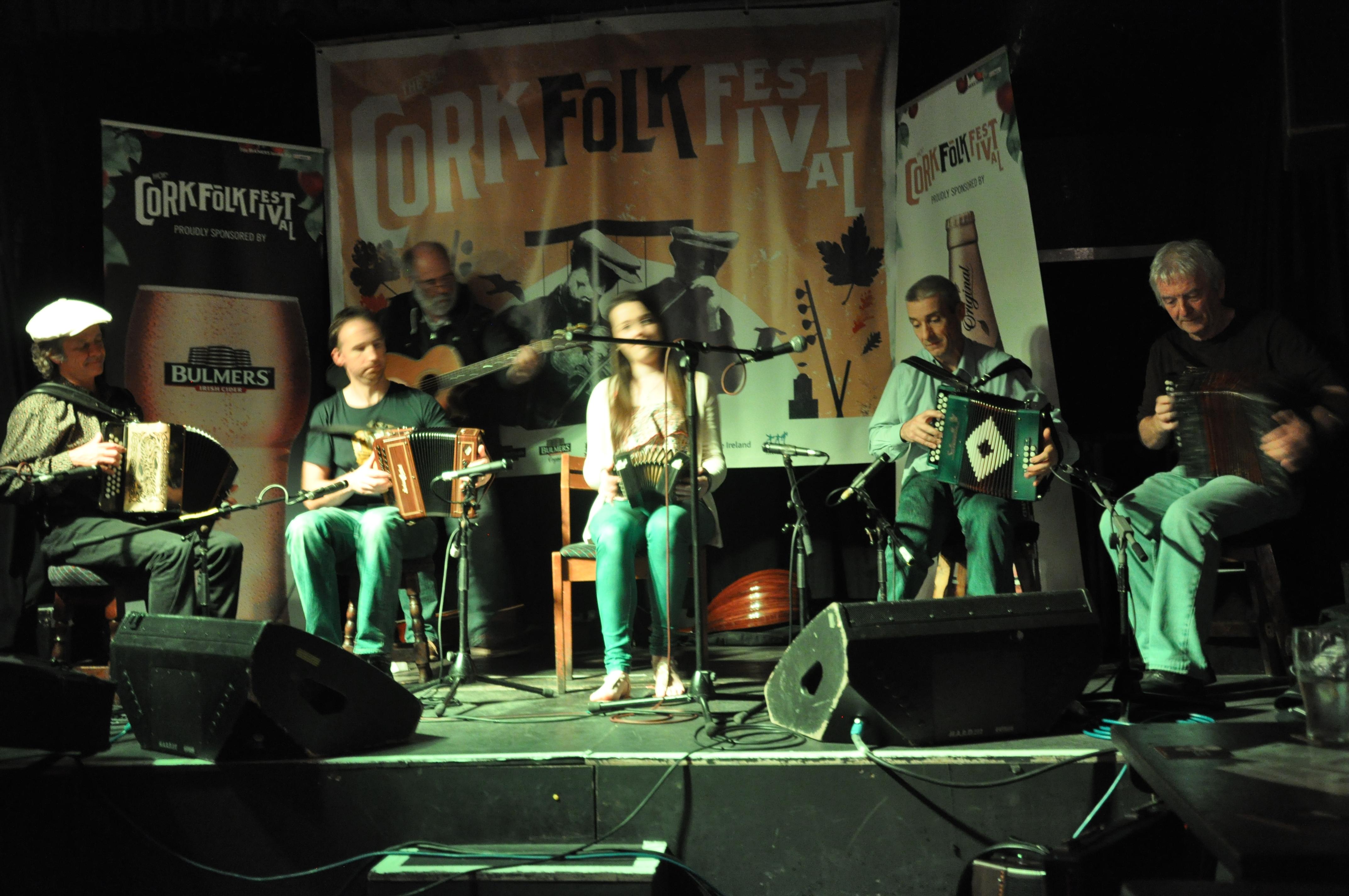 Serge, Tommy, Cliona, Aidan & Charlie Folk Fest 2014 076
