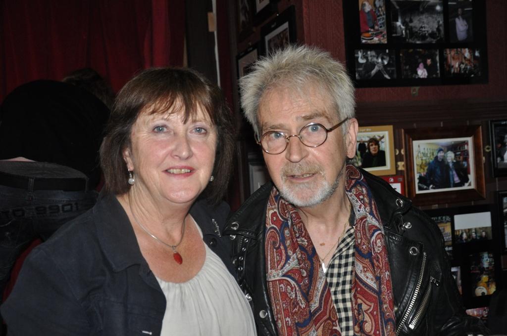 Maire Ni Cheileachair & Jimmy MacCarthy